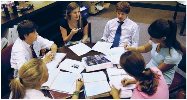 高中生该怎样申请2022年美国本科?高中生申请2022年美国本科需要准备什么?