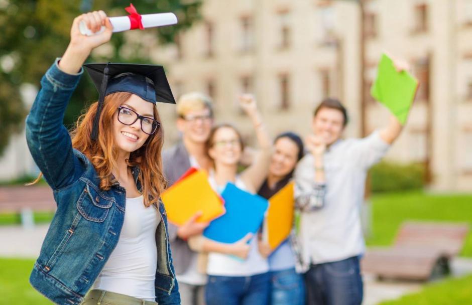 英国TOP10大学最新语言成绩要求,快来看看你的成绩够不够?