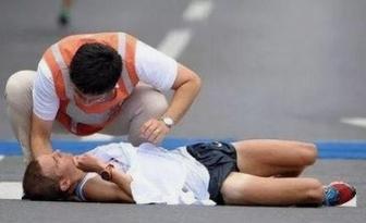 运动猝死的前兆运动猝死发生的突然性和后果的严重性要远超过运动性损伤