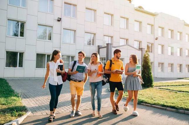 2021全国高考报名1078万人,如何绕开高考直接被海外名校录取?
