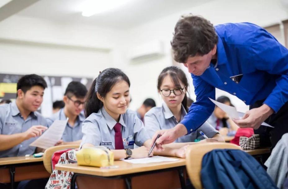 疫情期间马来西亚有哪些可以申请的留学奖学金 ?如何申请马来西亚留学奖学金?