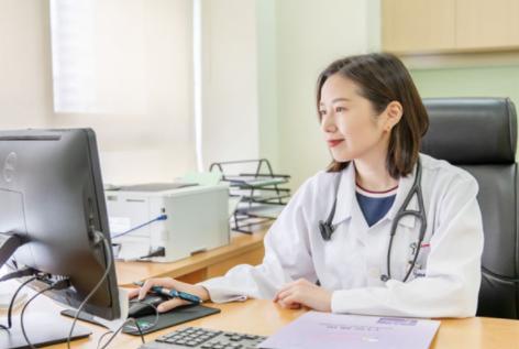 高考成绩在550分左右 适合报考的医科大学有哪些?