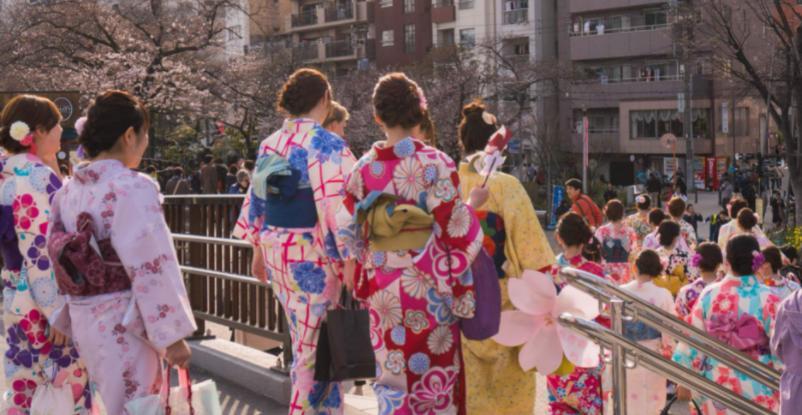 一年10万块够去日本留学吗? 去日本留学具体要多少钱