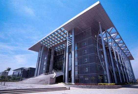 2021年北京工商大学院校简介 北京工商大学本科第一批历年录取分数线汇总