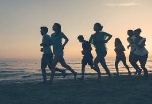 究竟是晨跑好还是夜跑好?跑步特别是冬天跑步需要注意哪些事项?
