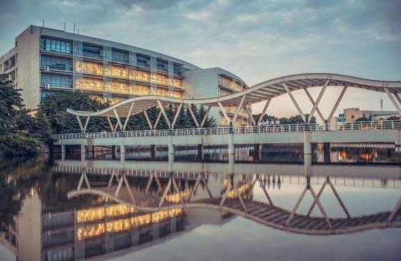 湖北经济学院2021年全日制本科招生简章 湖北经济学院历年录取分数线汇总