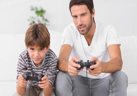 小孩喜欢玩游戏怎么沟通?怎么引导? 小孩喜欢玩游戏怎么做才是正确的?