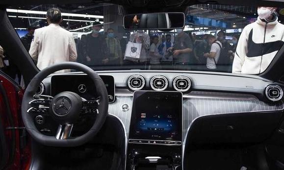 国产全新奔驰C级轿车立标版最新消息 国产全新奔驰C级轿车立标版什么时候上市?