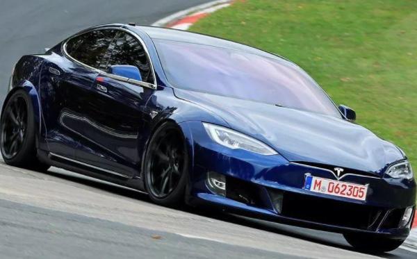 特斯拉model s plaid值得买吗? model s plaid最快量产车