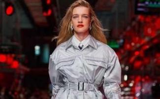 Ferrari (法拉利)举办时装秀打造全方位奢侈品牌 产品定位:去性别、年轻化
