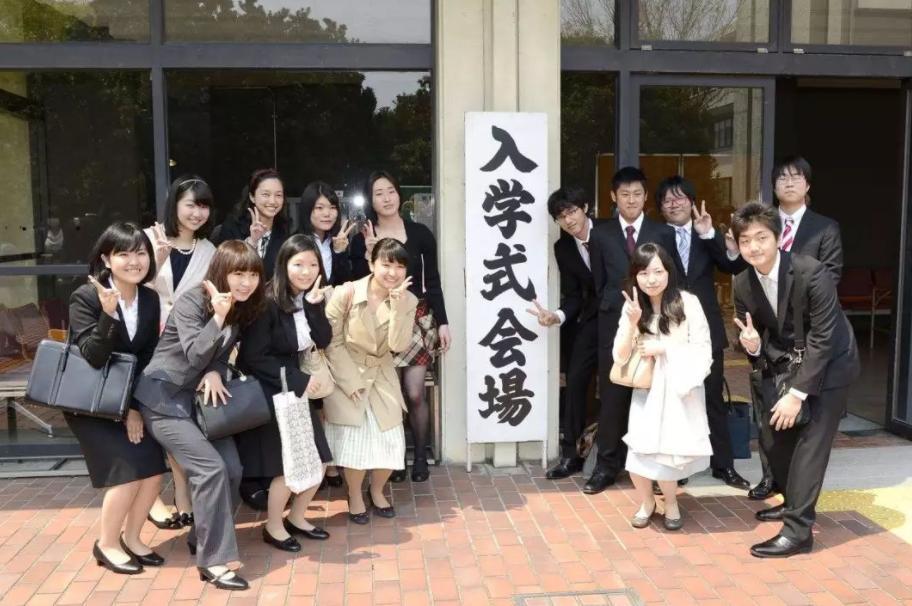 2021年日本留学适合女生的热门专业有哪些?女生去日本留学适合读什么专业?