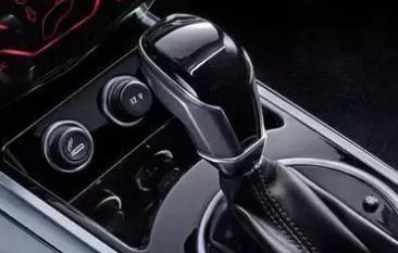 自动挡N档啥意思?自动挡汽车当中N档到底起着什么样的作用?