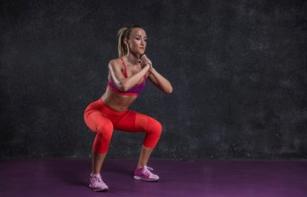 深蹲的正确姿势:深蹲容易伤膝盖?深蹲时应该注意的事情