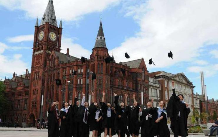2022年偏爱录取中国学生的10所英国大学,快来看看有你喜欢的么?