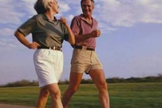 走路健身也有讲究 如果走路姿态错误,长期大量积累健身不成反伤身