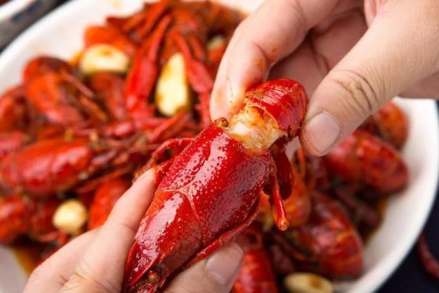吃完小龙虾不能吃什么?吃完小龙虾不适合吃的食物有哪些?