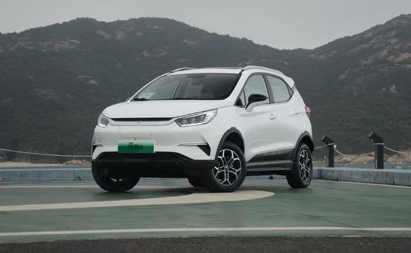 全新比亚迪元pro上市! 元pro上市七八万就可以买个像样点的纯电SUV