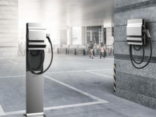 众多企业加码新能源汽车行业 众多企业加码新能源我国汽车工业弯道超车近在咫尺