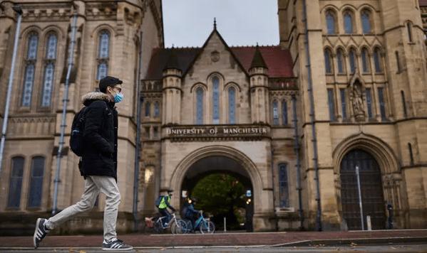 英国最后阶段解封计划详情公布,曼大官宣在线上大课英国留学还能去吗?