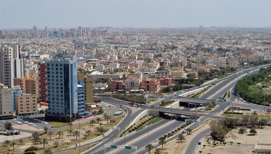 科威特多地气温超50℃ 首都如空城,高温天气如何预防猝死?