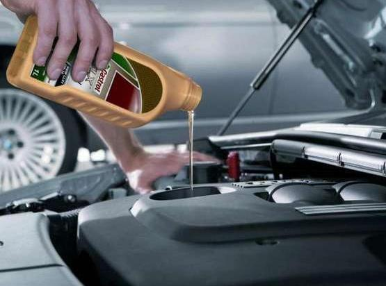【嘉实多机油怎么样】日系车用嘉实多机油怎么样?嘉实多机油好用吗?