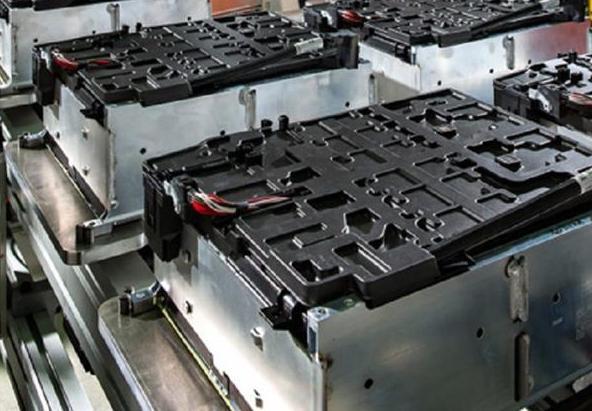 退役动力电池也逐年递增 磷酸铁锂回收难题怎解?