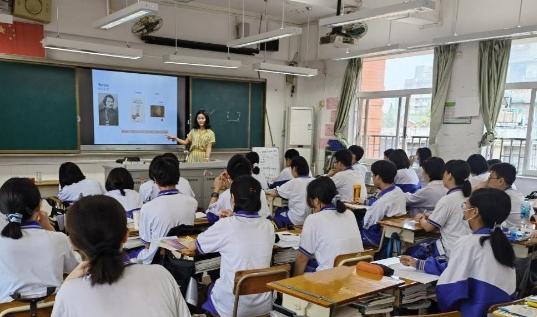 教育部辟谣取消教师寒暑假 取消教师寒暑假系谣言!