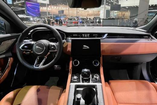新款捷豹XFL上市开售 新款捷豹XFL整体轮廓改动不大但细节满满
