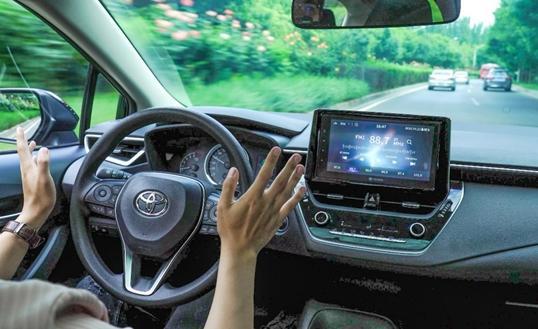 自动驾驶普及率有多高?看一下配备l1和l2级驾驶辅助的车的比例是多少