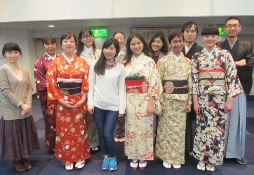 2021留学日本需要上语言学校吗?留学日本语言学校到底需要读多久?