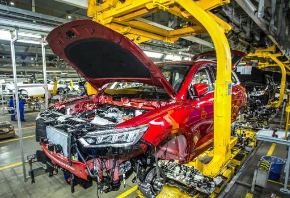 传统车企转型提速 传统车企加速转型比亚迪或将成为国内首个禁售燃油车的车企