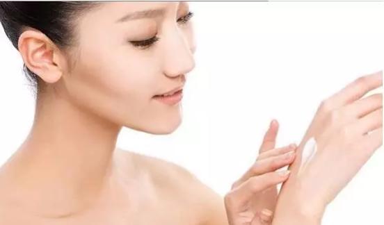 日常护肤的正确步骤   护肤的正确方法掌握这几步就够了