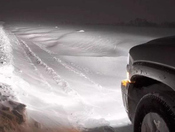 夜间行驶的八个注意事项 细心谨慎才能保障行车安全
