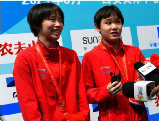 张家齐陈芋汐女子双人十米台夺金 中国队在该项目上实现奥运六连冠