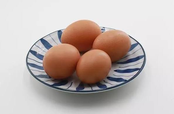 每天早起吃颗煮鸡蛋,对身体有什么好处?鸡蛋煮几分钟最适合?