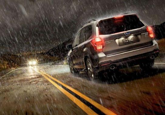雨天驾车安全攻略 你不能不知道的雨天驾车技巧