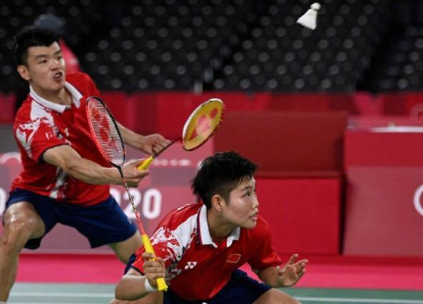 中国提前锁定羽毛球混双金银牌 羽毛球混双金银牌提前锁定