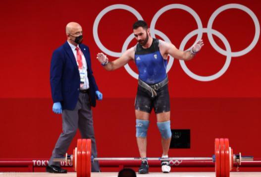 希腊举重选手宣布因贫穷退役 奥运完赛后泪崩宣布退役