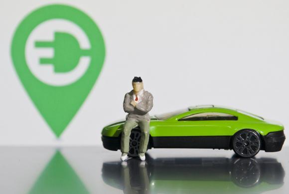 """新能源车迎来""""专属保险"""" 新能源车""""专属保险""""保费或将上涨?"""