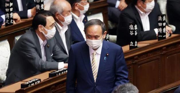 奥运闭幕后日本首相支持率创新低 超60%不希望他连任首相
