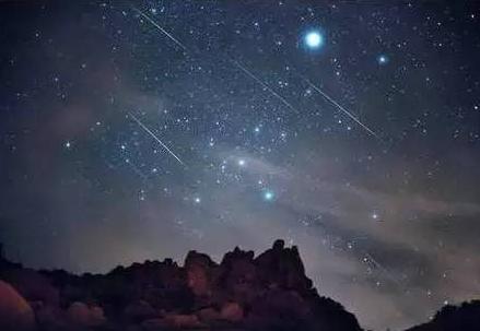 2021英仙座流星雨时间确定 8月13号英仙座流星雨即将到来