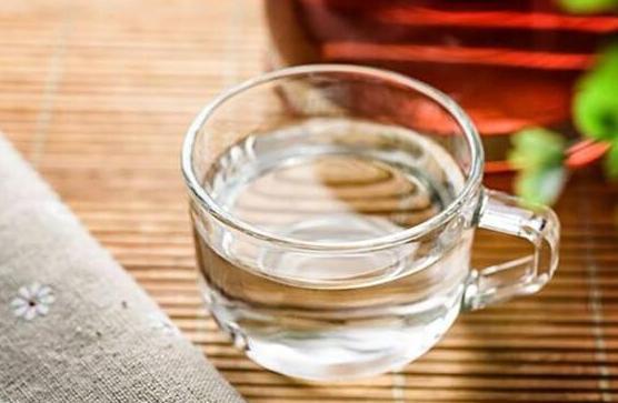 喝水越多对肾脏的损害就越大?怎么喝水才能不伤肾?
