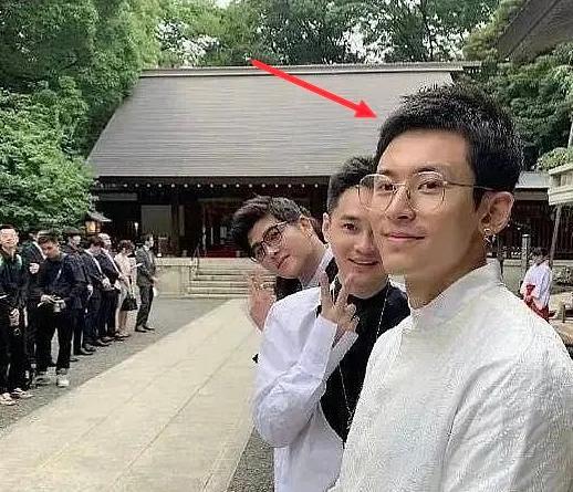 张哲瀚曾到日本神社游玩,以往言论被扒因为立场问题再惹争议