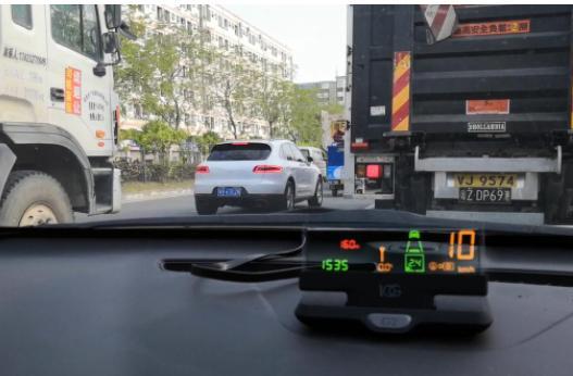 新手必看的开车小技巧 学会就能高速成为老司机