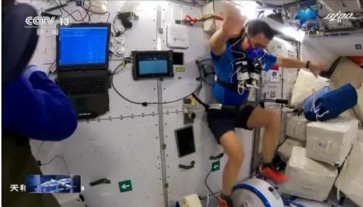中国两名航天员顺利出舱 人选有重大变化这次任务有什么不同?