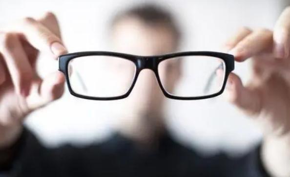 近视眼手术后还可能近视吗?做完近视眼手术后需要注意什么?