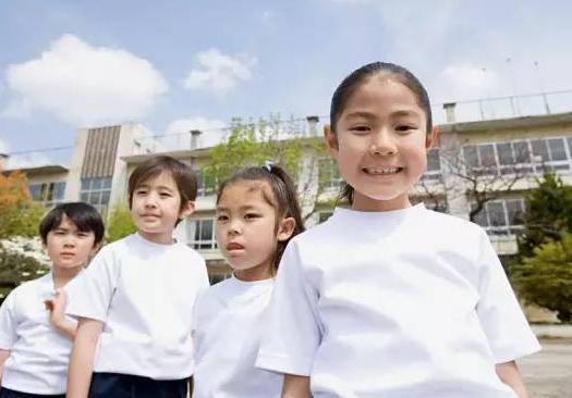 如何培养一个心理阳光的孩子 培养心理阳光的孩子要注意这些