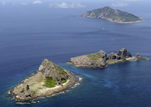 """日本计划""""视察""""钓鱼岛?中国军舰南北""""夹击""""日本军机也出动"""