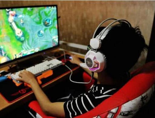防止未成年人沉迷网络游戏出台新举措 专家:识别未成年人技术有待成熟