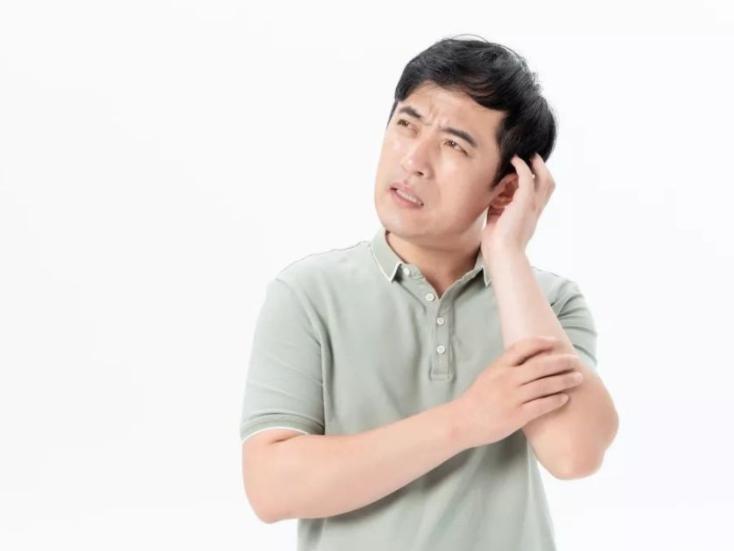 耳闷是什么原因引起的?我们应该如何预防和处理耳闷呢?
